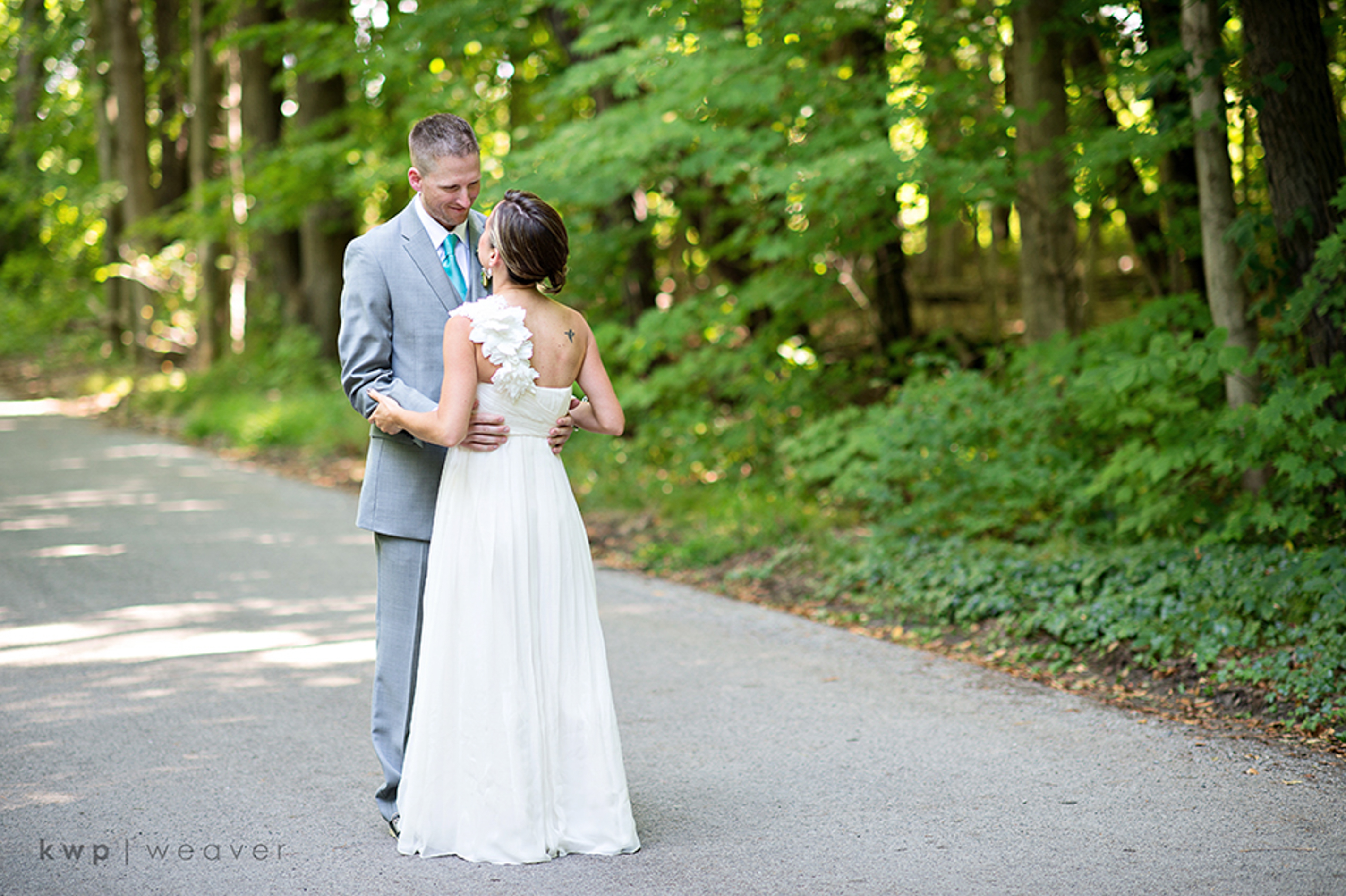 outside wedding portraits
