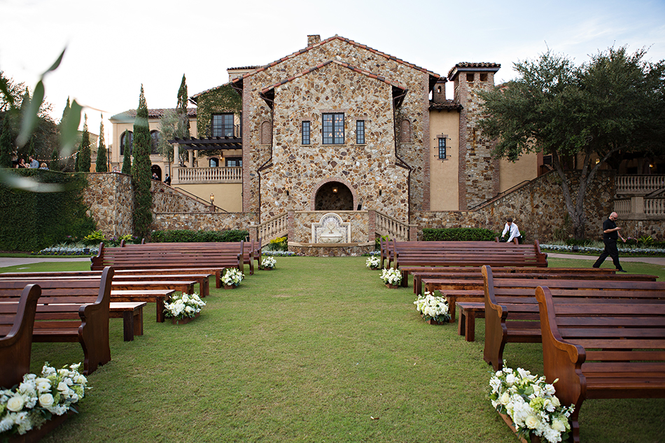 bella collina ceremony
