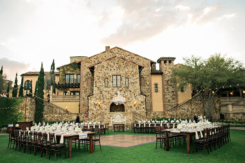 bella collina outdoor reception space