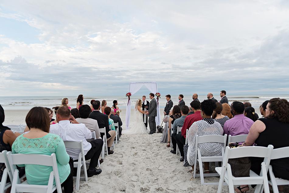 simple decor wedding ceremony