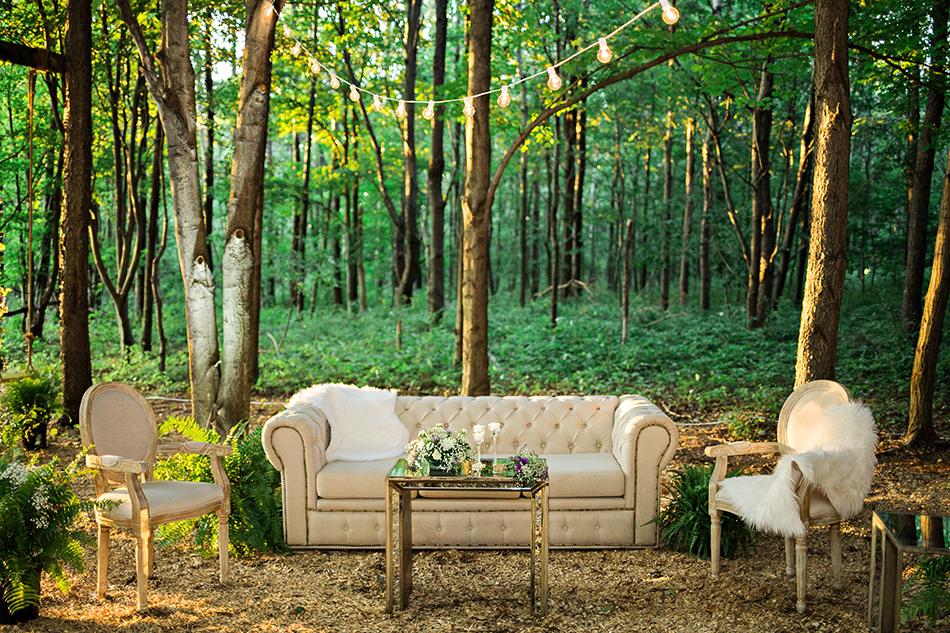 Wedding in the woods at La Esposita Bonita in Varysburg, NY