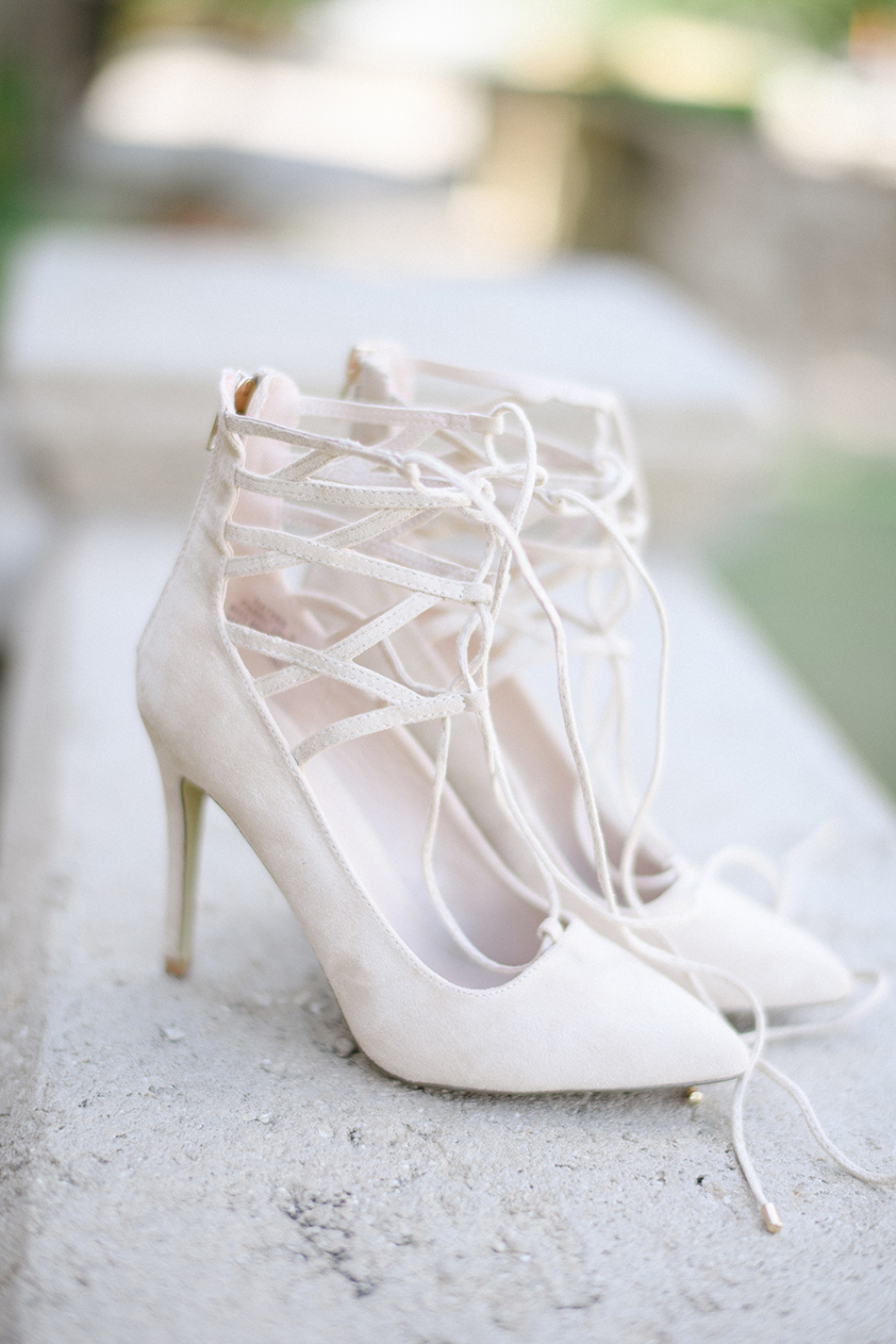 lace up wedding shoes