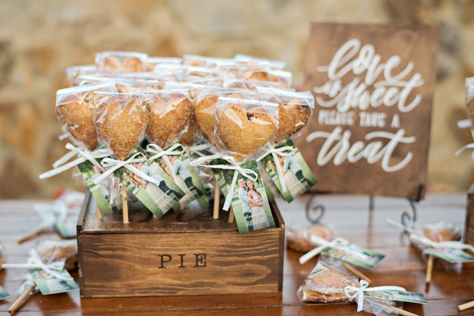 pie pop favors for wedding