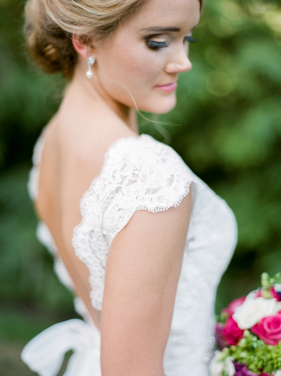 lace wedding dress sleeve
