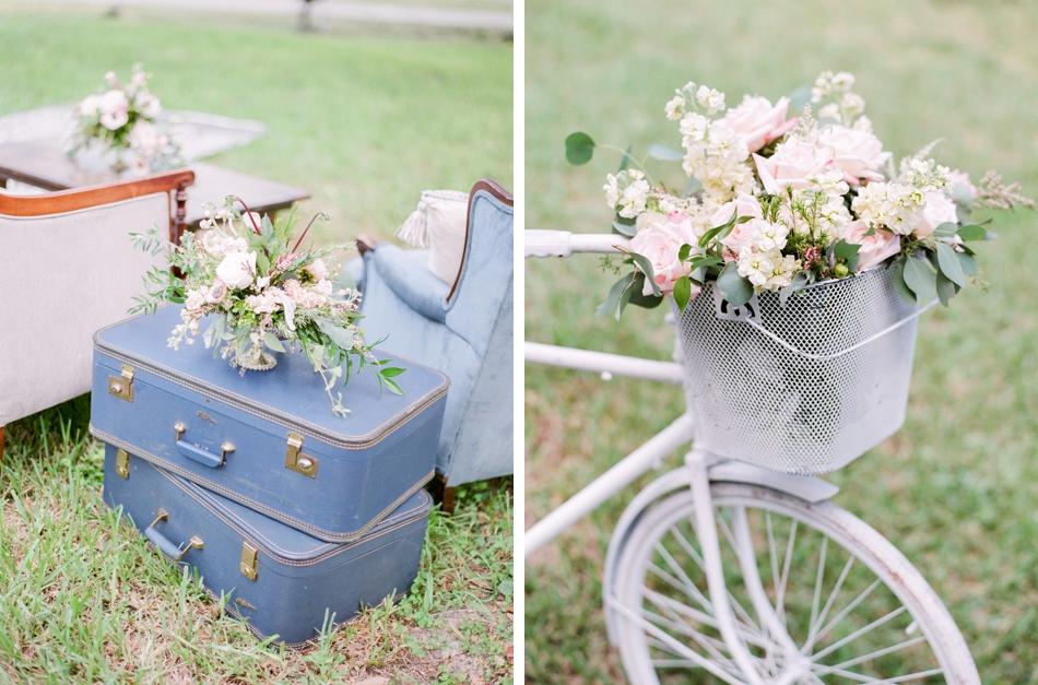vintage details at wedding