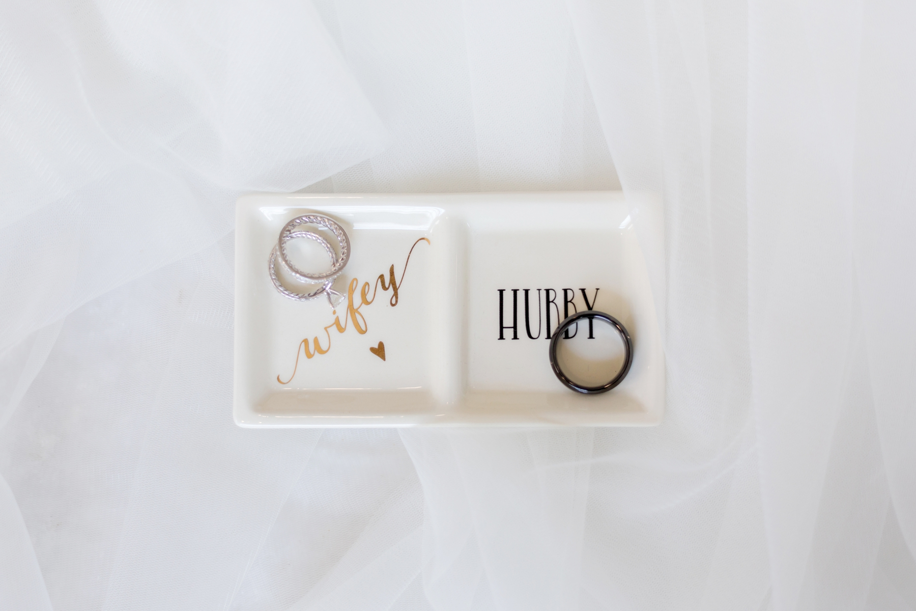 wifey hubby ring holder