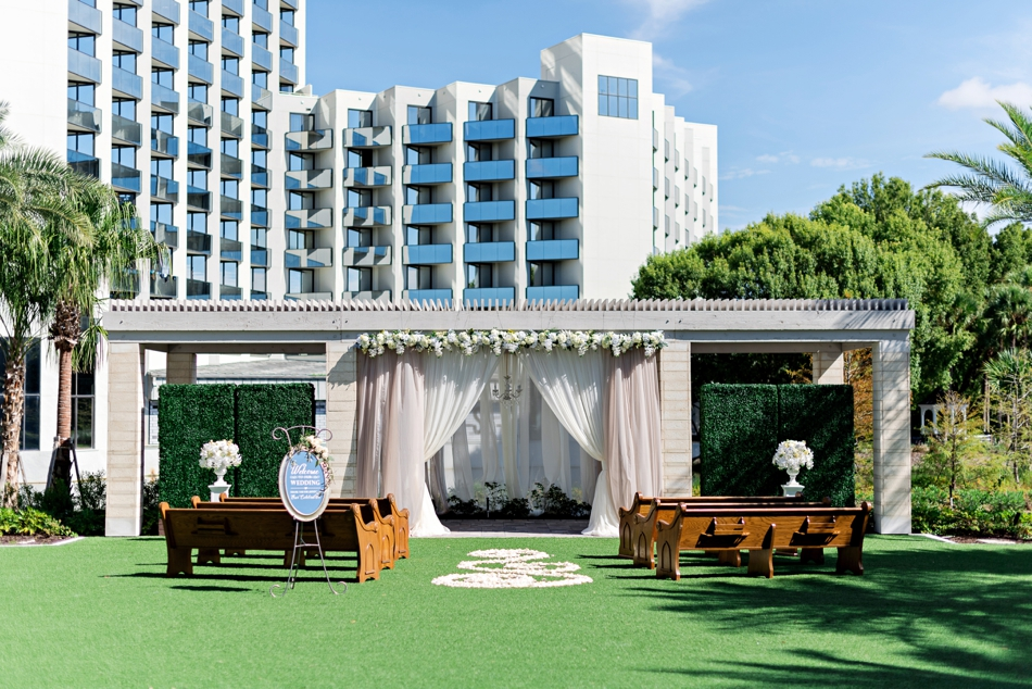 Hilton Buena Vista Palace ceremony