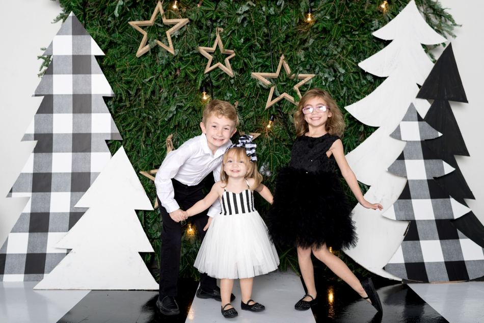 black and white holiday clothes