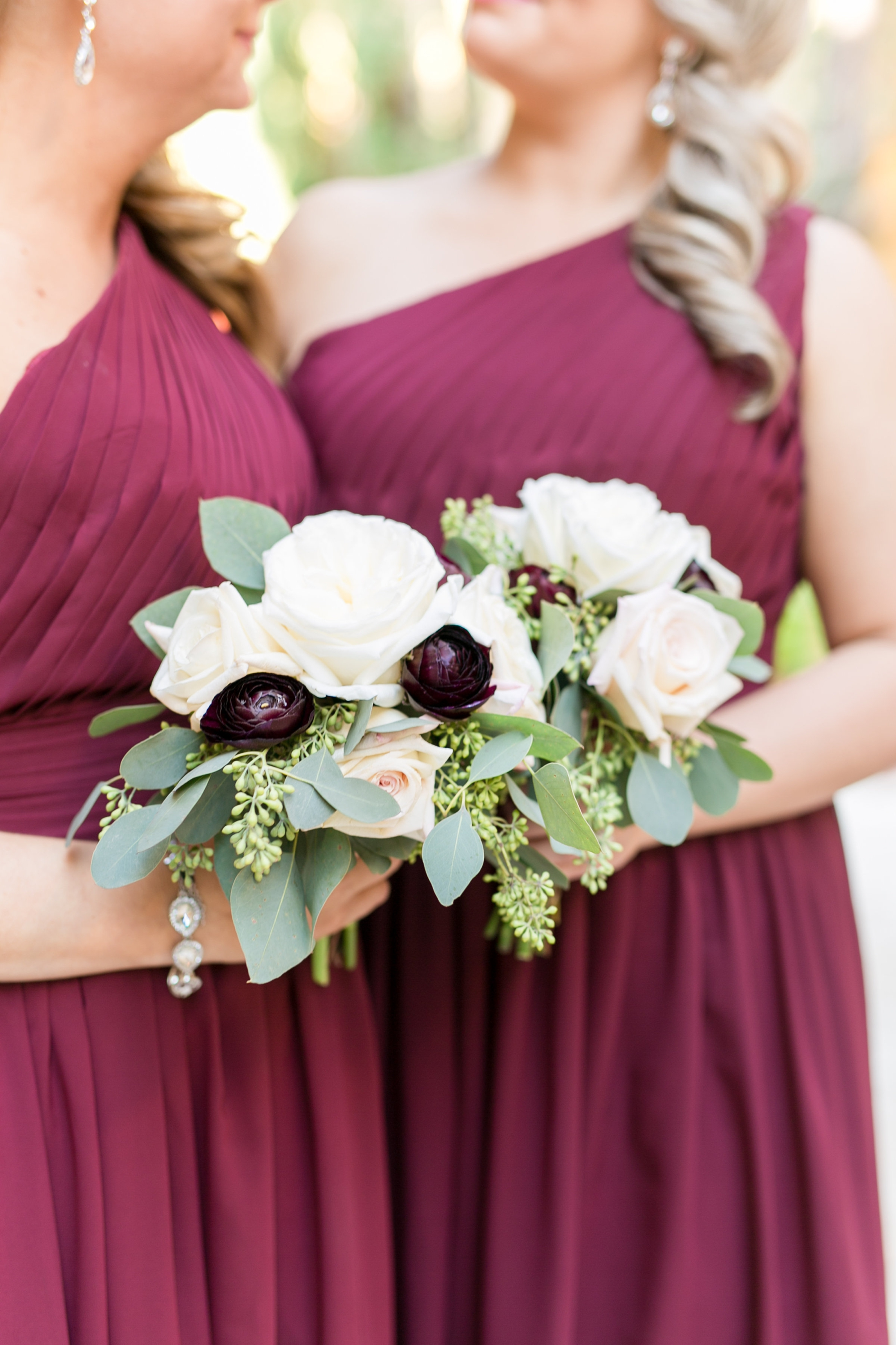 burgundy and white bouquets