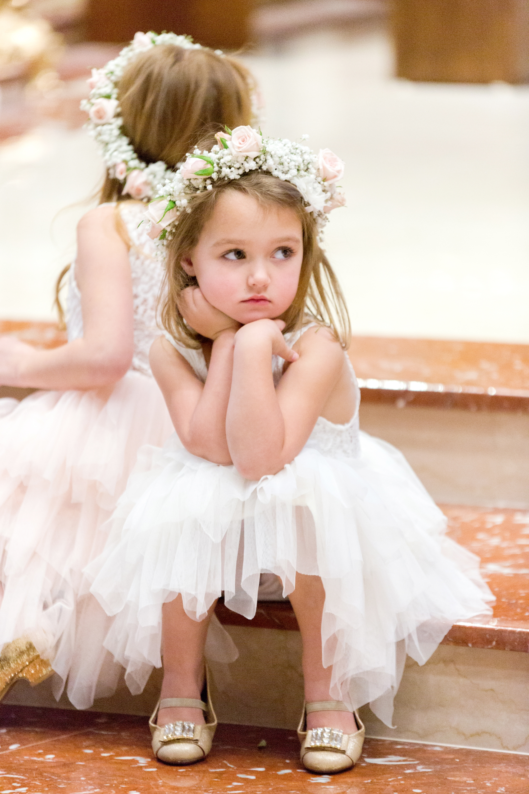 bored flower girl