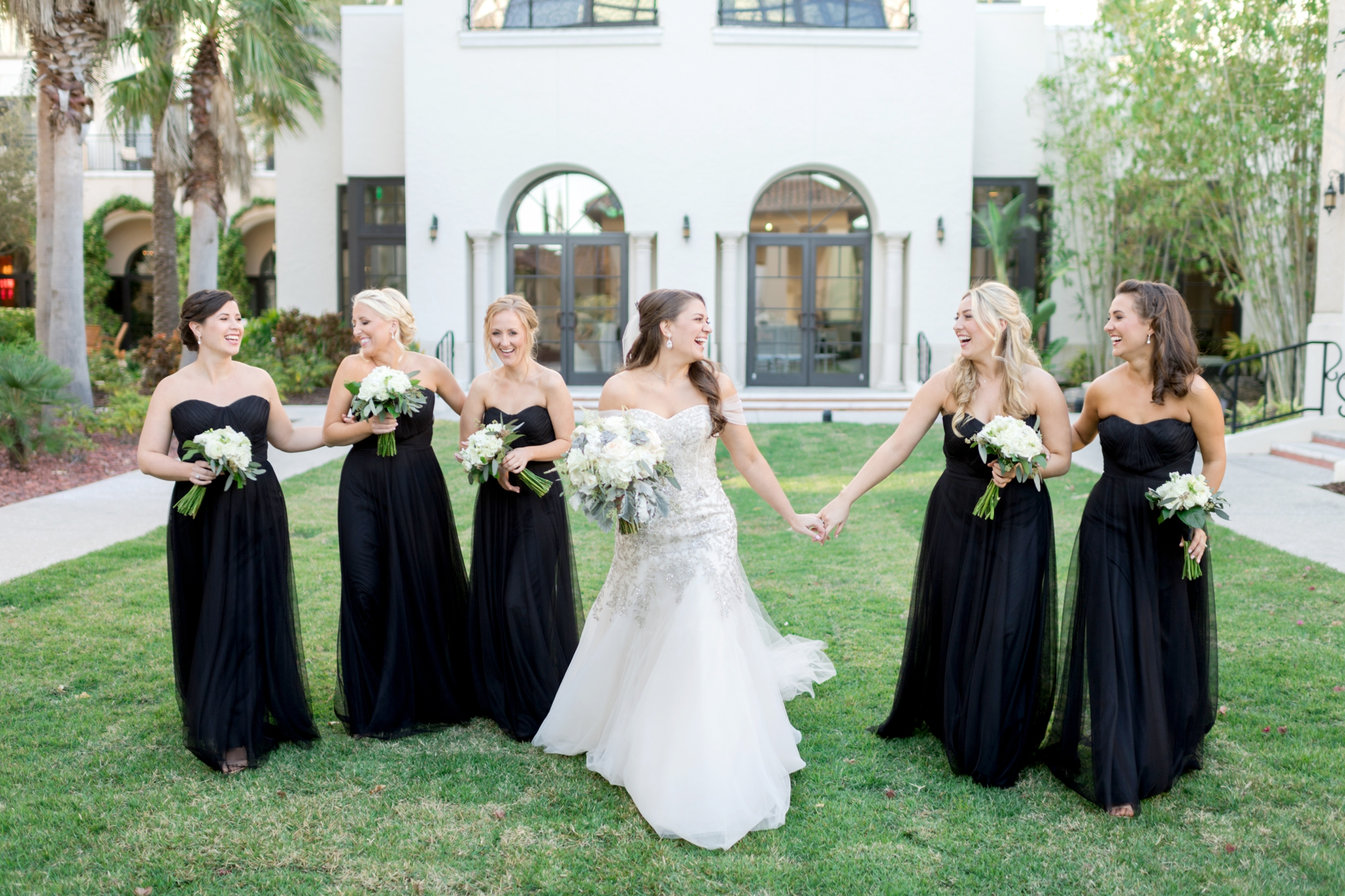 photos to take with your bridesmaids