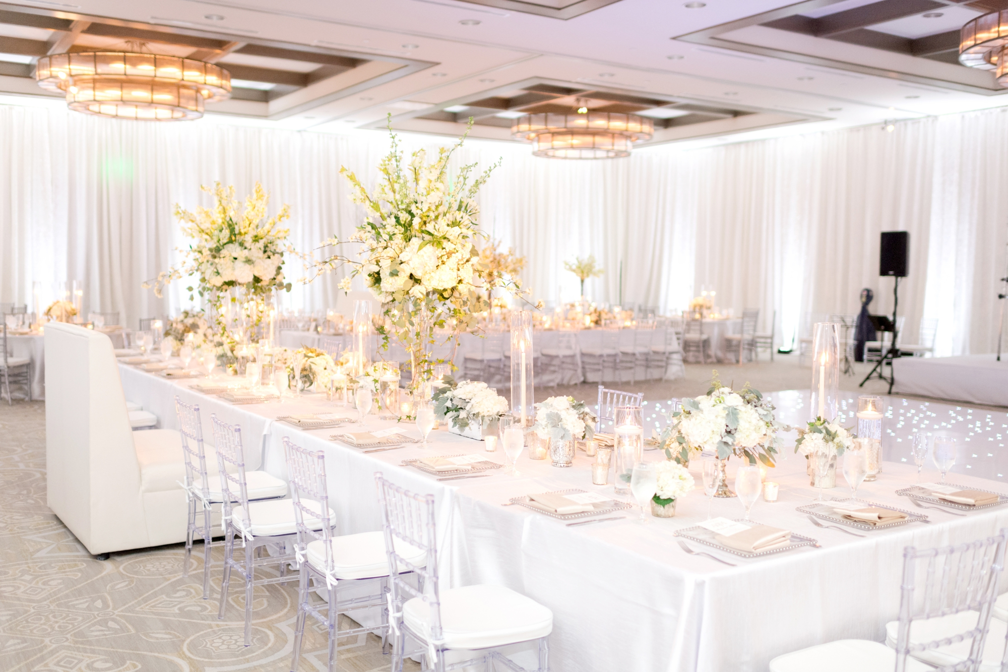 winter wonderland reception decor ideas