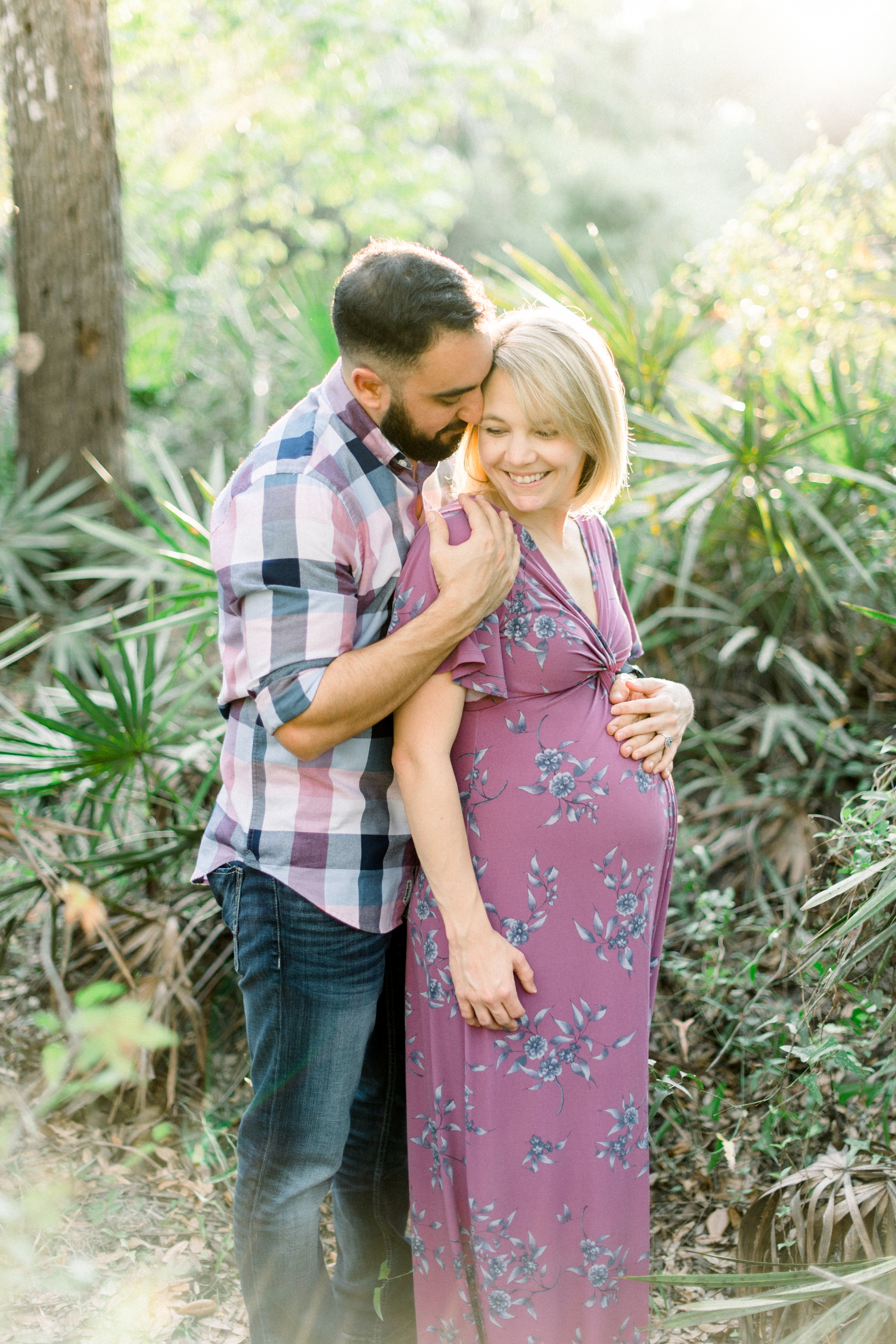 riverside park maternity session