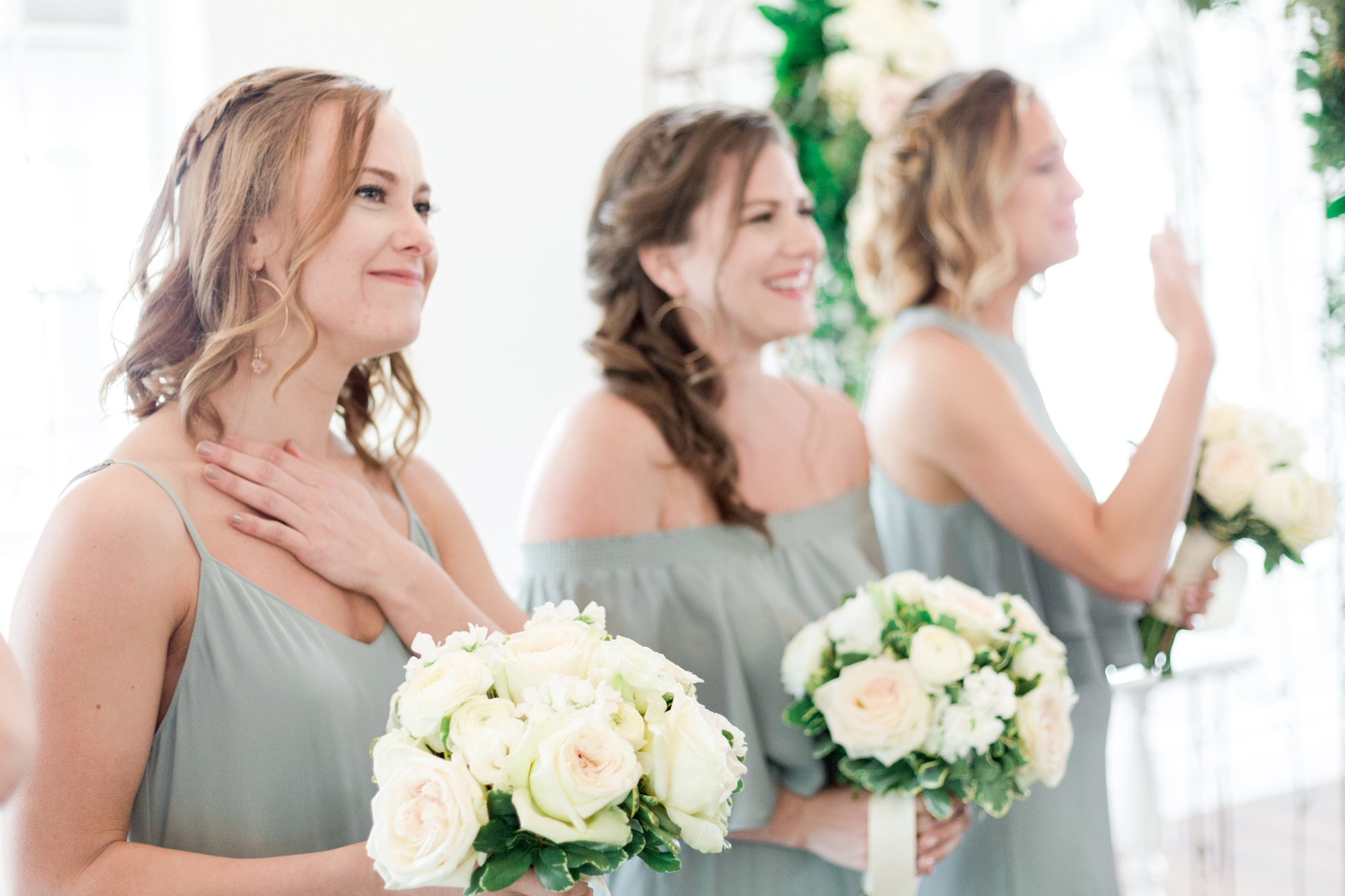 bridesmaid reaction to bride walking down the aisle