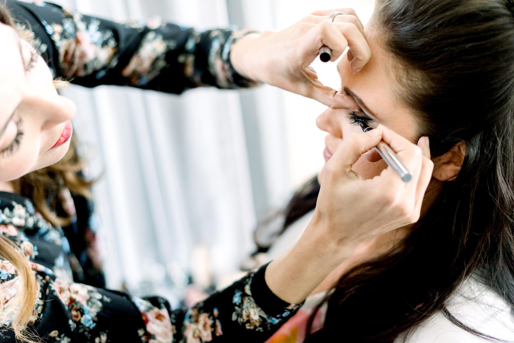 Rachel Reumann makeup artist
