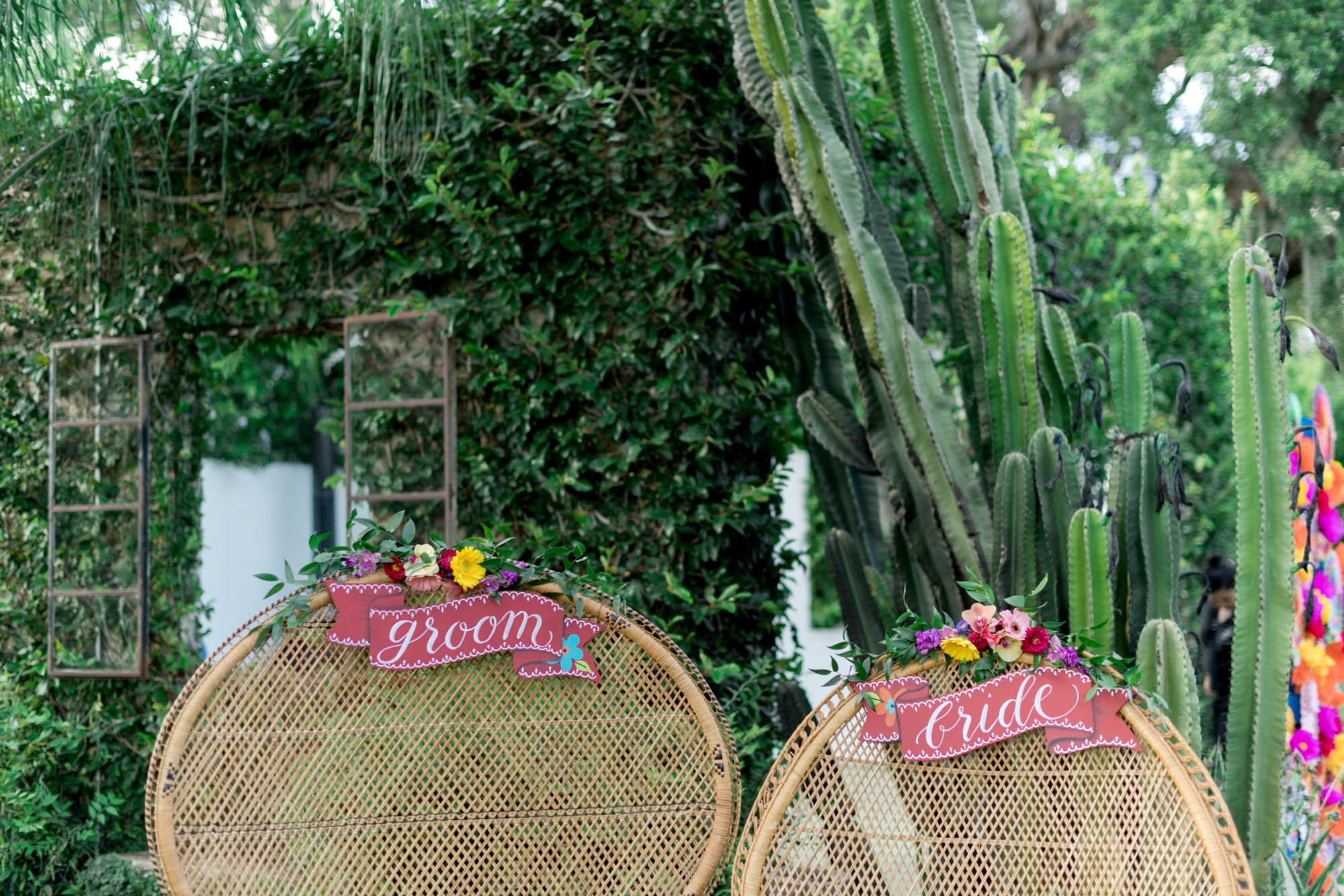 bride and groom signs spanish inspired
