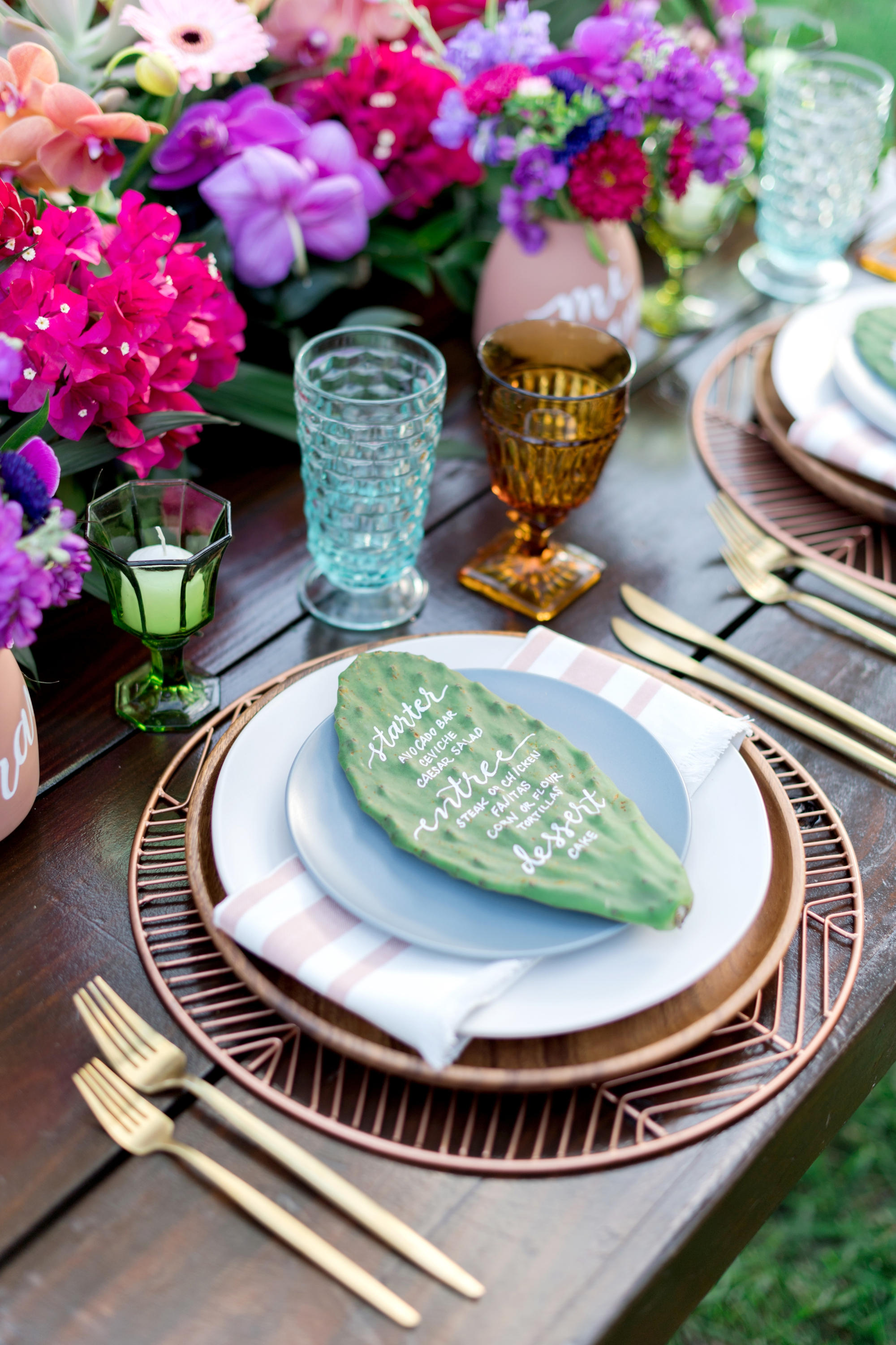 vintage table setting for tropical wedding