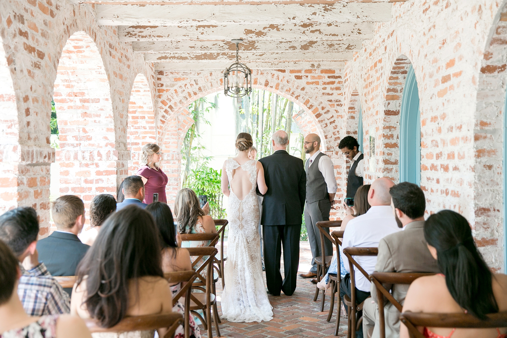 small casa feliz wedding ceremony