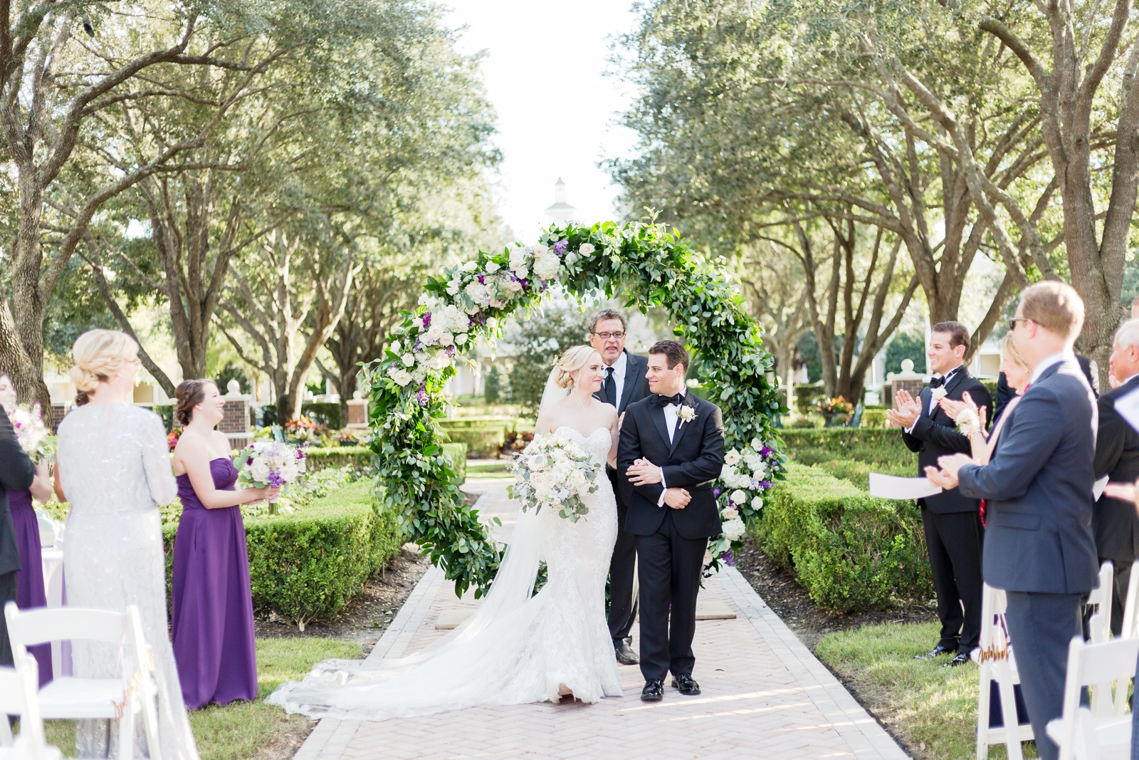 ceremony circle arch