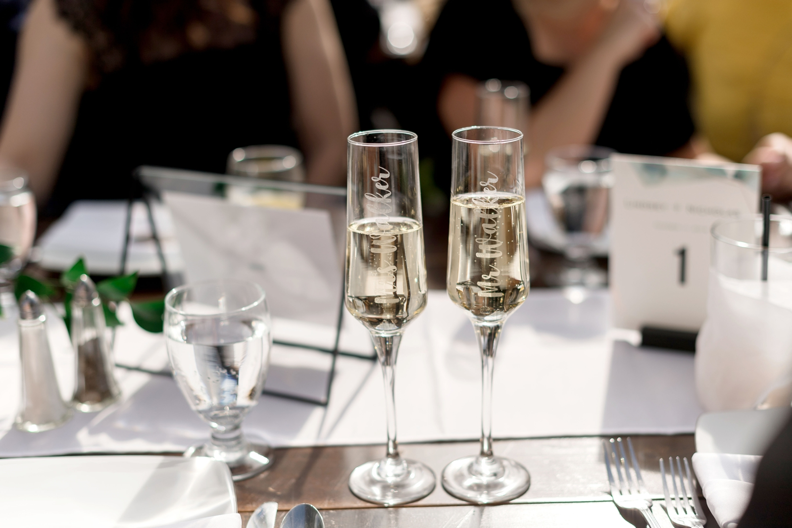champagne wedding flutes