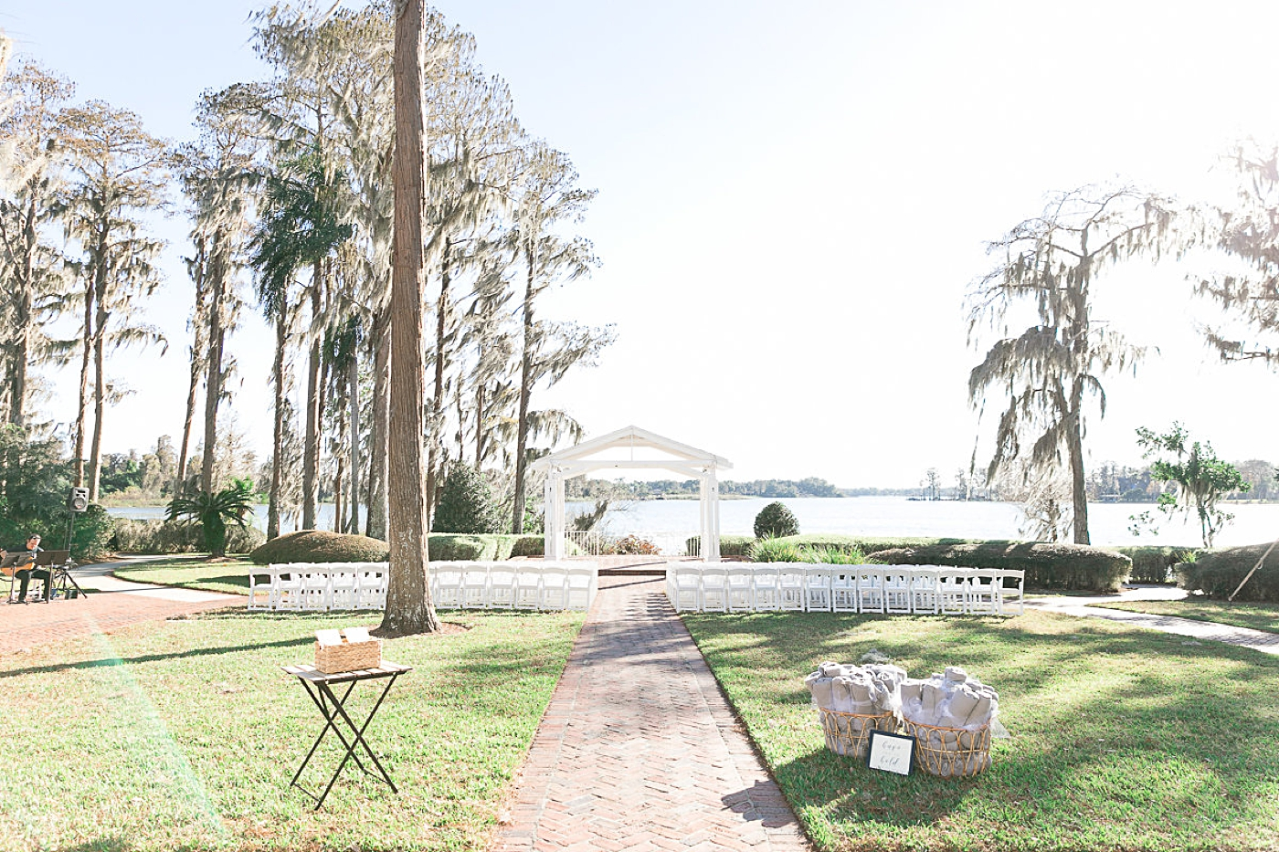 outdoor wedding lakefront orlando