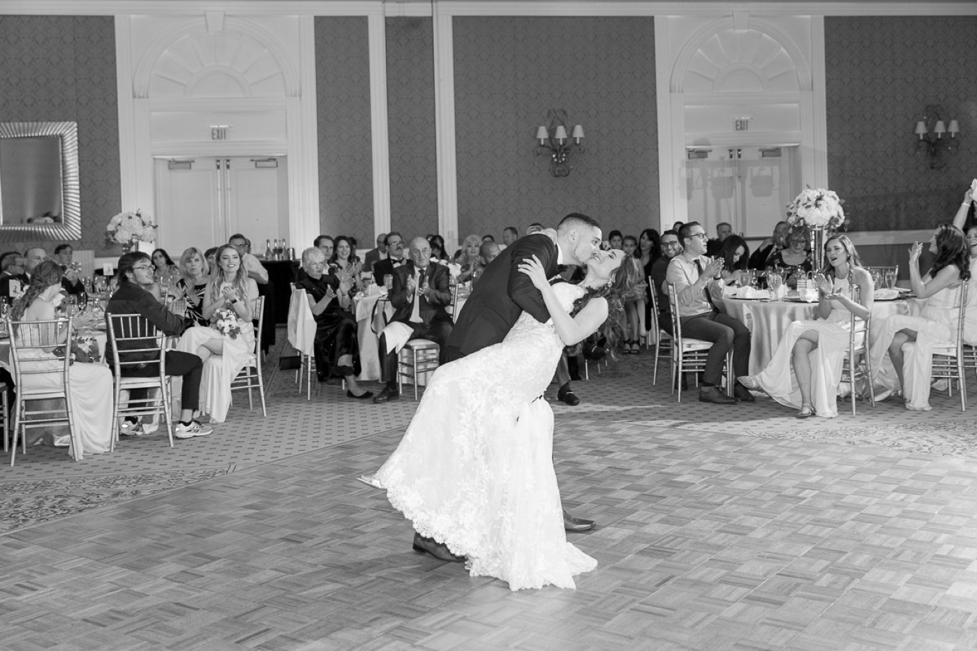 first dance at reunion resort