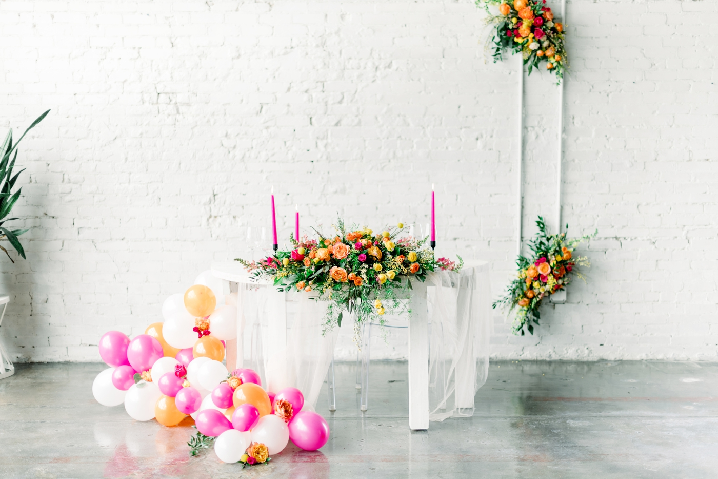sweetheart table ideas for bride and groom