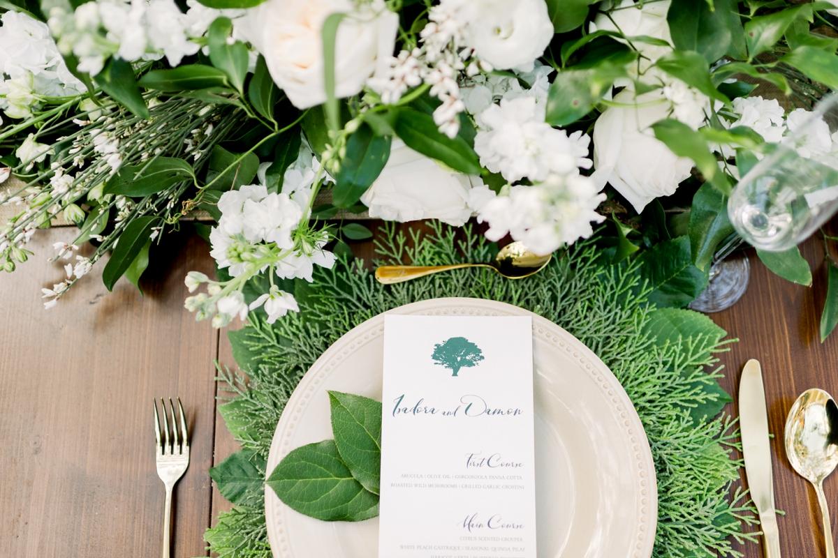 Raining Roses tableware