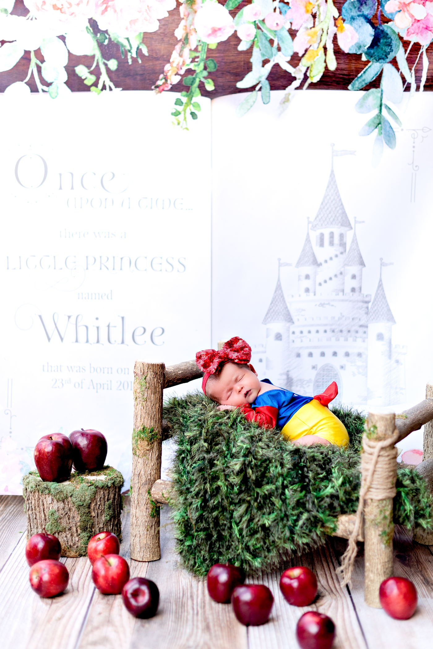 snow white newborn shoot