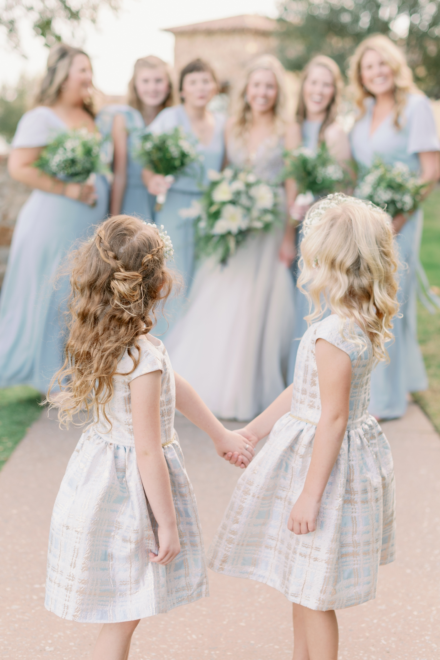 cute flower girl photo ideas