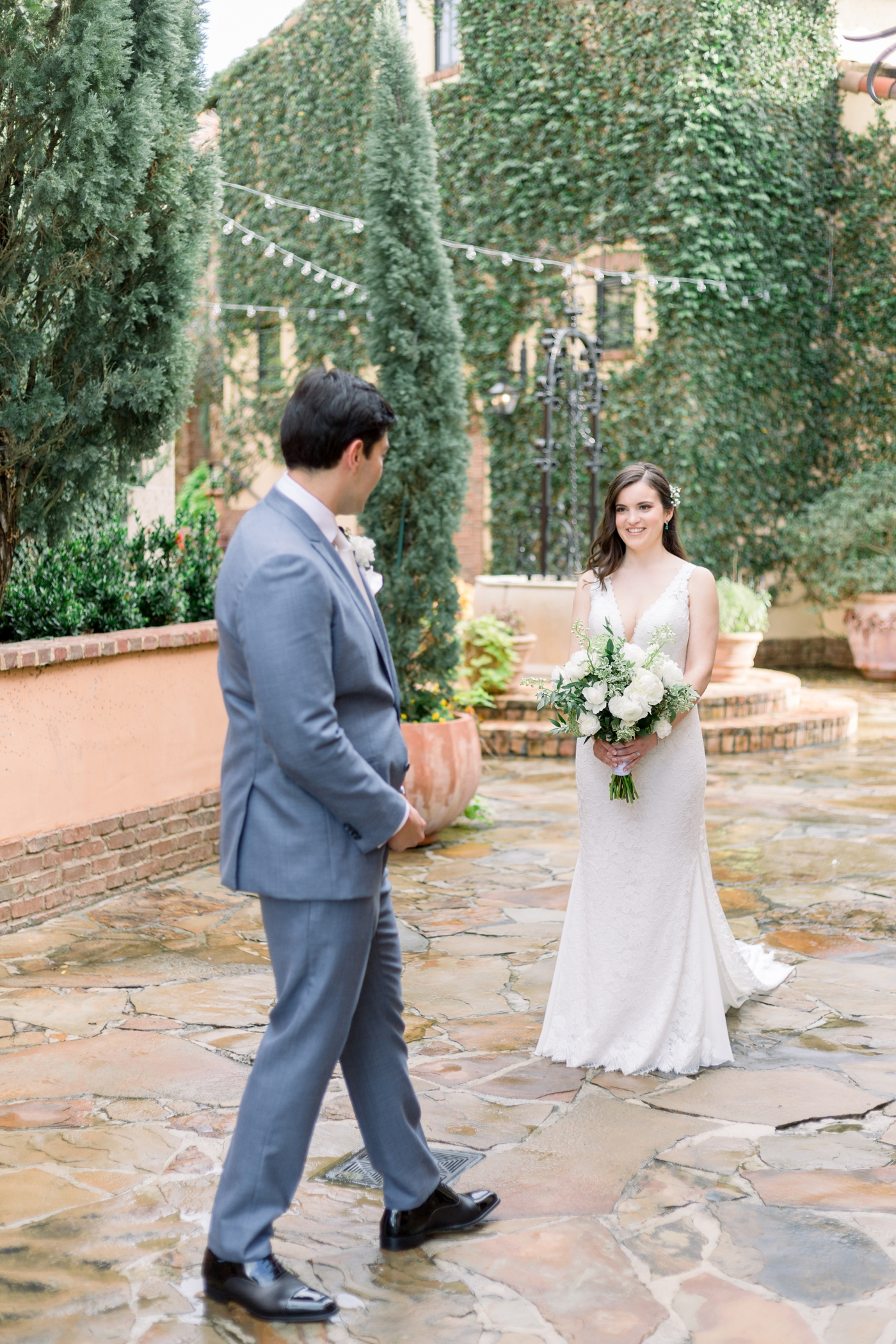 first look at bella collina