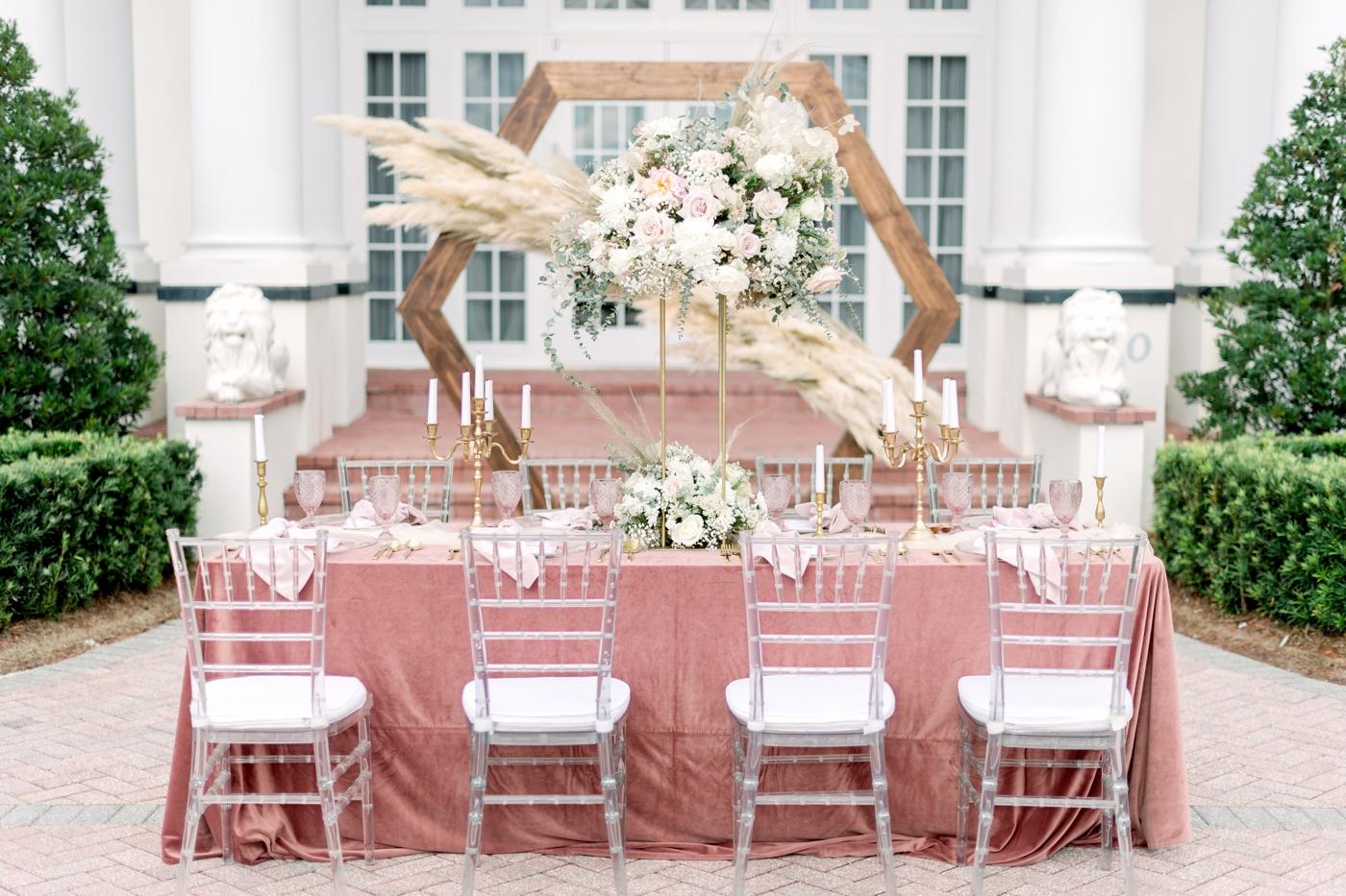 pink velvet table linen