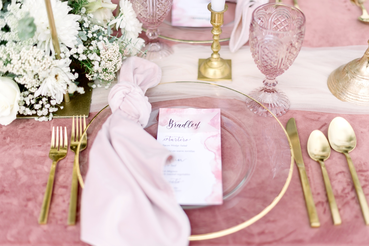 pink reception table inspiration